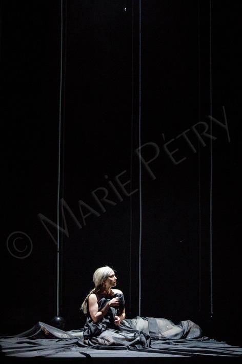 pbpg47©mariepetry