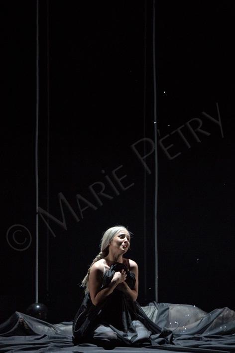 pbpg48©mariepetry